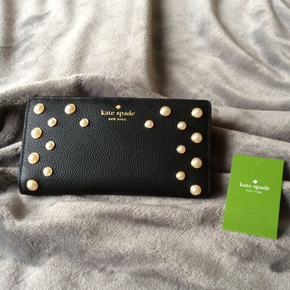 e507f846d42f NWT Kate Spade Serrano Place Pearl Stacy Wallet Boutique